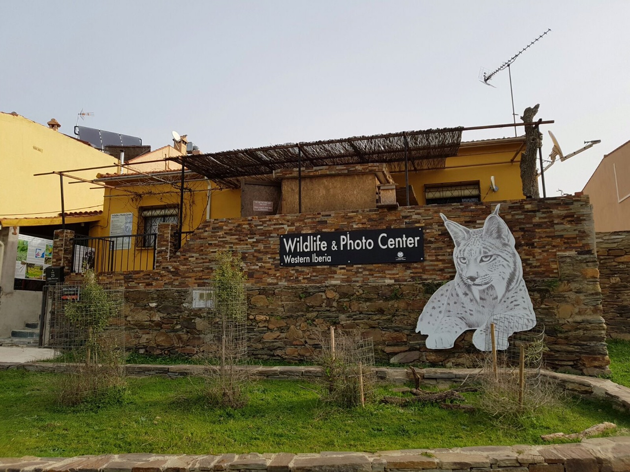 Wildlife & Photo Center en Villarreal de San Carlos, Parque Nacional Monfragüe